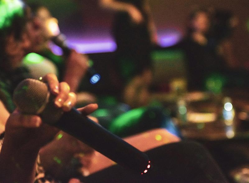 Séminaire d'entreprise karaoke